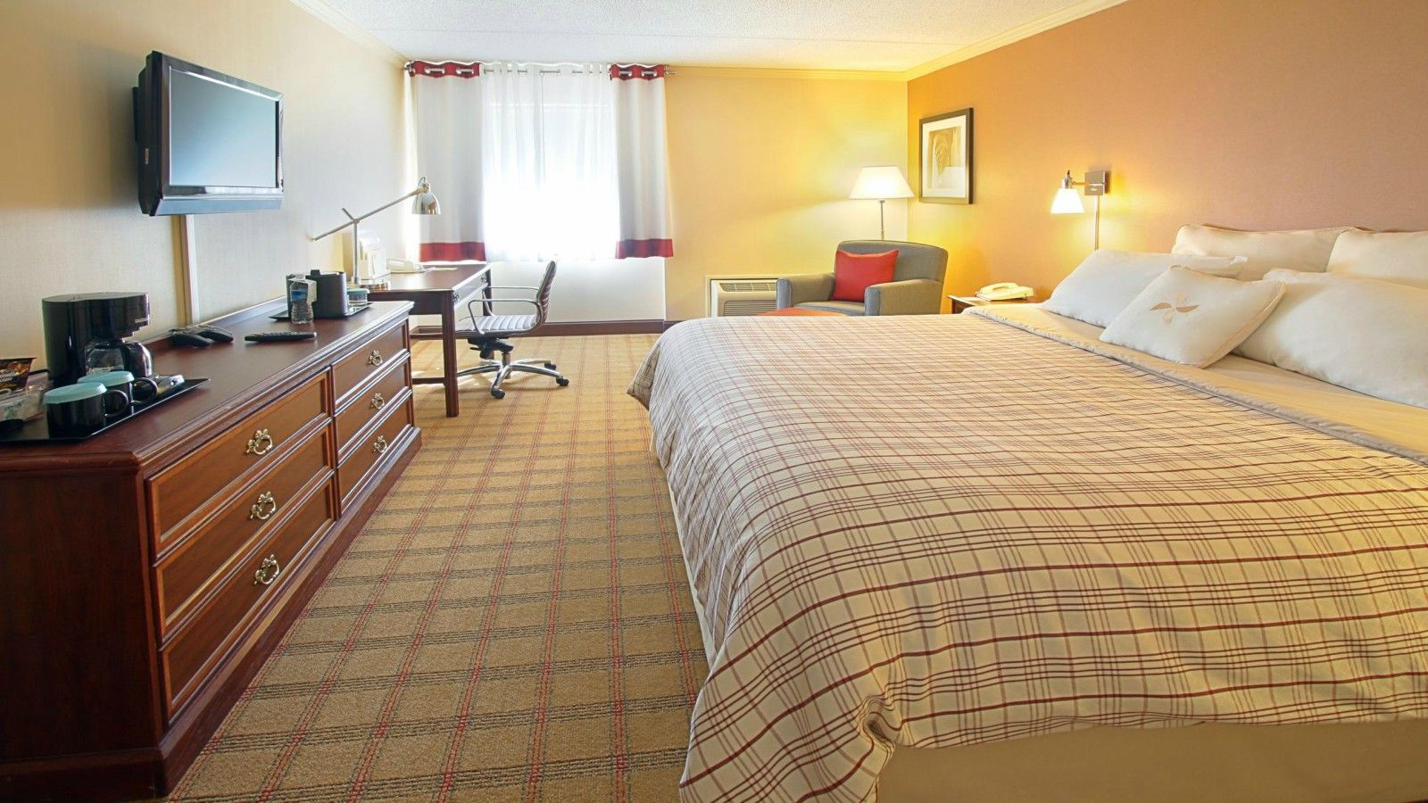 York, PA Accommodations - King Room